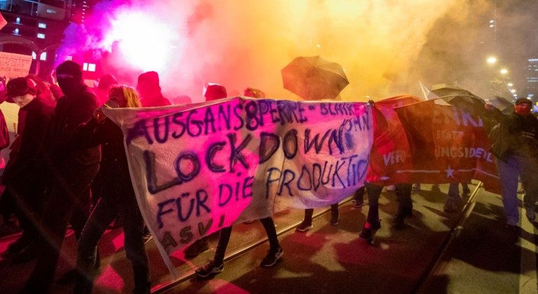 Überwacht Deutschlands Inlands-Spionage-Agentur Anti-Lockdown-Demonstranten?